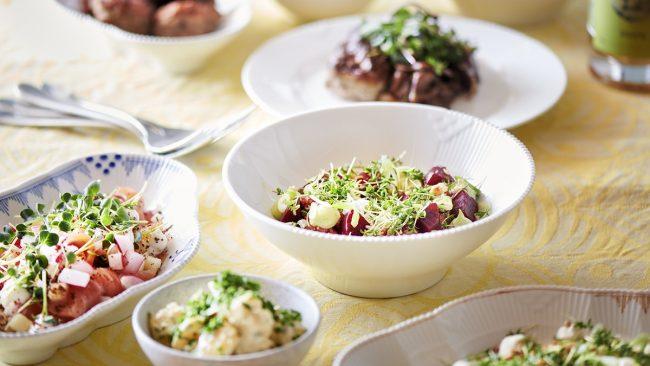 Påskebuffet hos Aamanns med friske og økologiske råvarer. Book takeaway med dejlig mad.